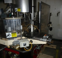 Used 'as is' Krones Universela Labeler (Wine)